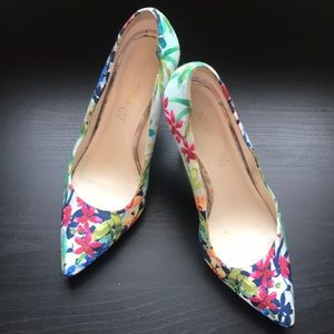 Aldo floral heels size 8.5